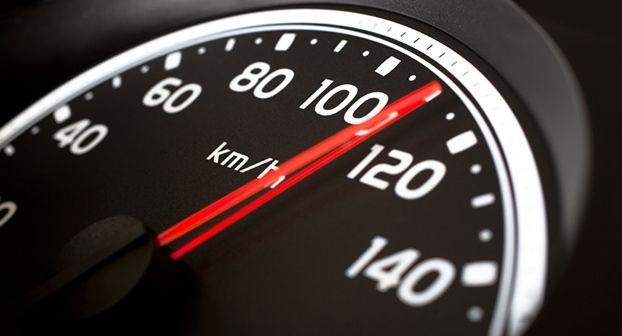 En 2022 serán obligatorios los limitadores de velocidad y los etilómetros