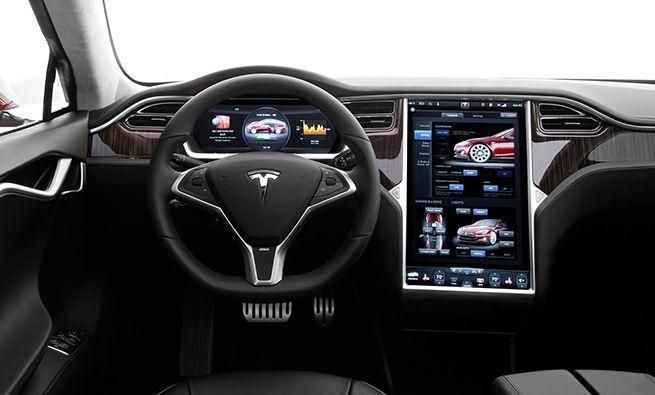 El infoentretenimiento de Tesla, el mejor para Consumer Reports.